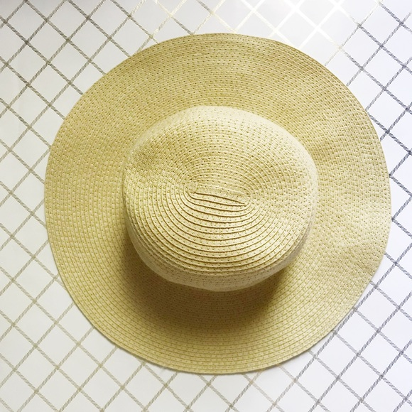 df1ea960d0e Madewell Accessories - Madewell Mesa Packable Straw Hat